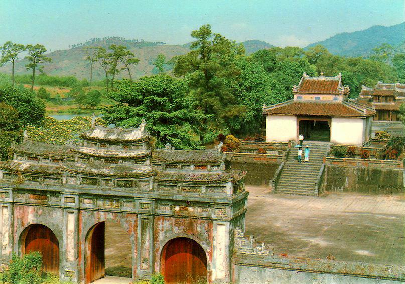 Private Hue City Tour 1 Day (Max 5 Pax/car)(Departing From Da Nang)