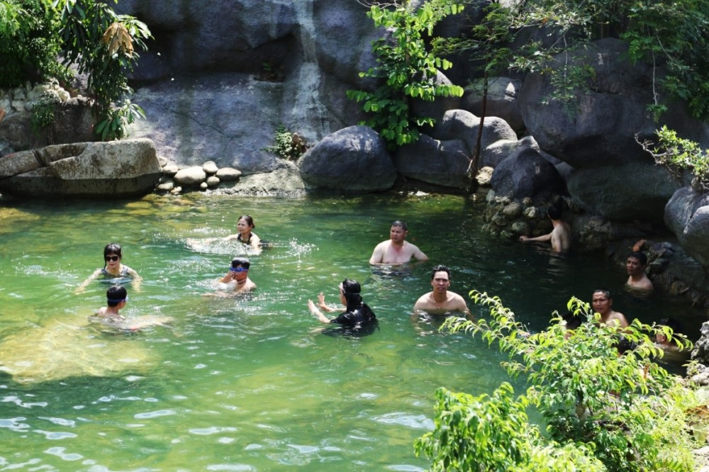 Admission Ticket To Nui Than Tai Hot Springs Park (Basic Package)