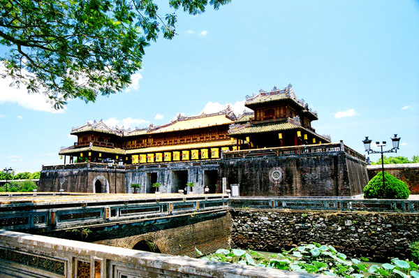 Hue City Tour 1/2 Day (Morning)